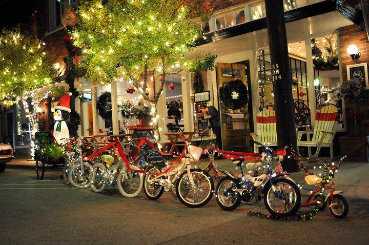 Bike Friendly Oak Cliff S Christmas Display Bike