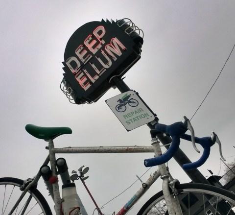 Bicycle Rapair Station